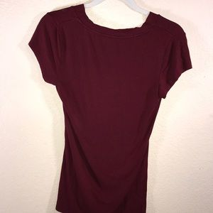 Massimo Tops - Basic Solid Maroon V-Neck size small